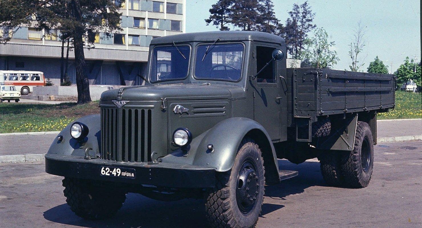 МАЗ-200 — ретро-грузовик из СССР Автомобили