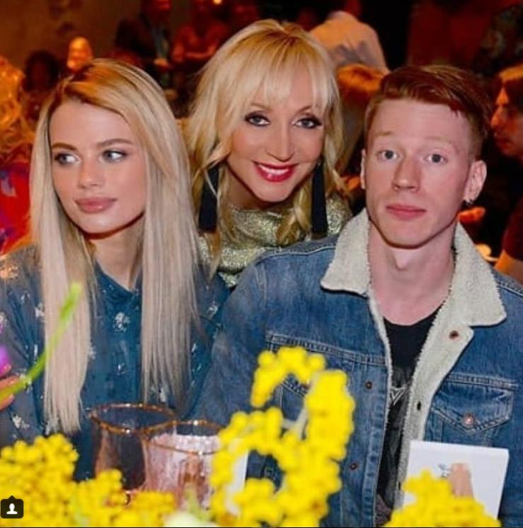 Кристина Орбакайте с сыном и его женой