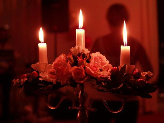 НАШ МУЛЬТЗАЛ. «В нас горят и гаснут свечи, излучая тонкий свет…»