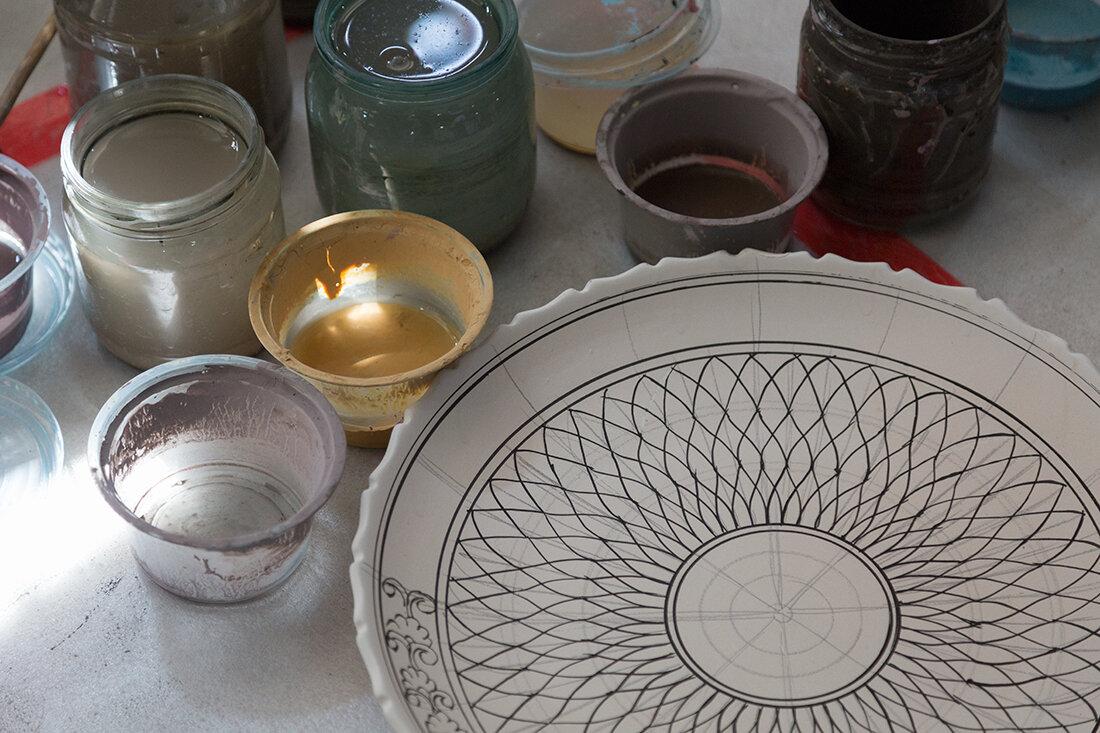 Узбекистан. Как рождается яркая керамика, которую так любят туристы