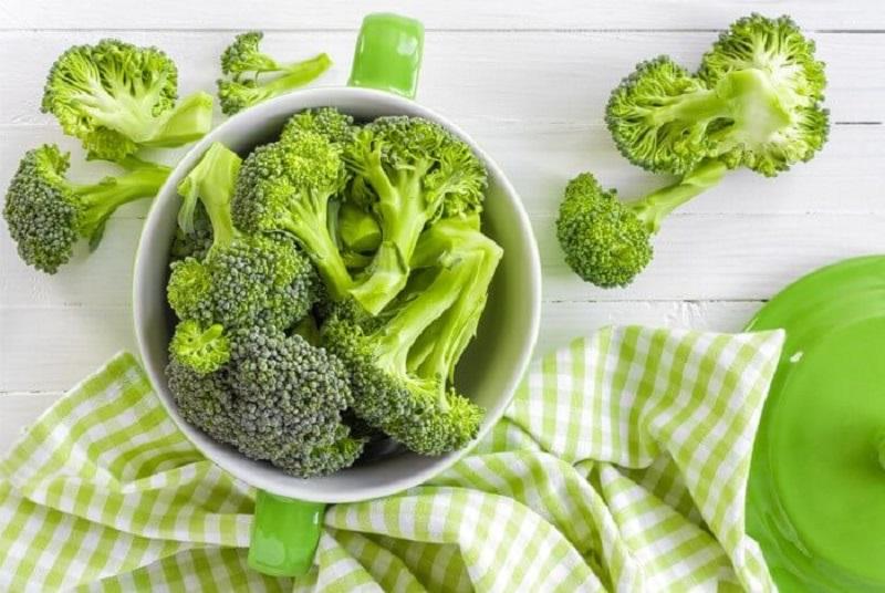 Можно ли есть кочерыжку и листья брокколи