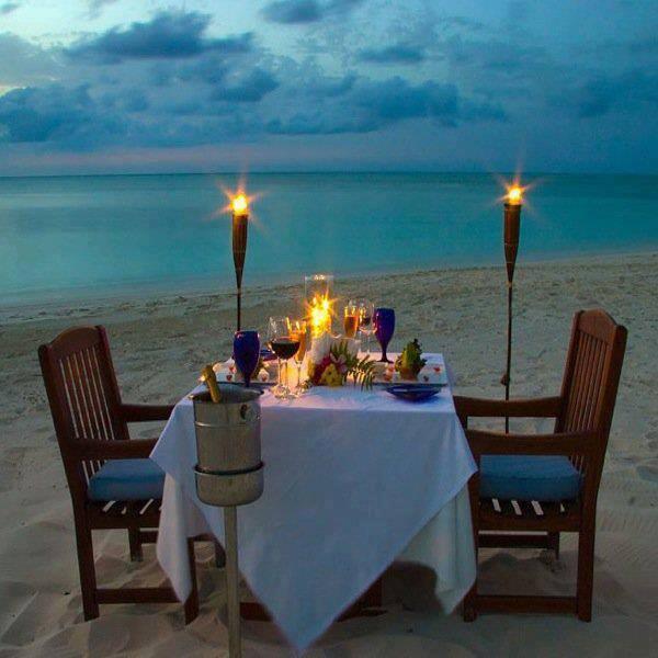 Романтический вечер у моря.