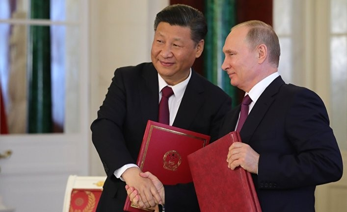 Неудобный роман Китая и России