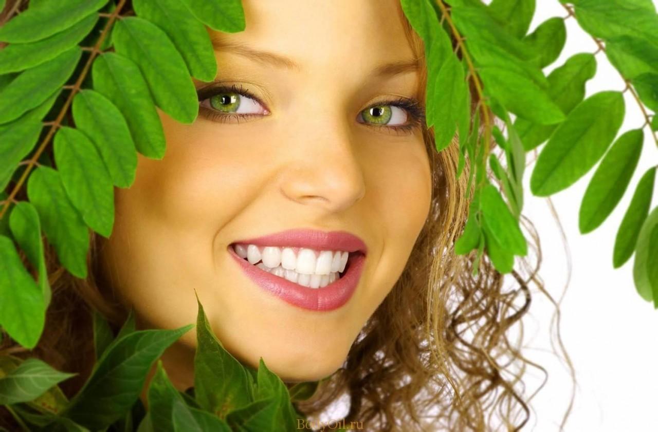 Отбеливание зубов чайным деревом
