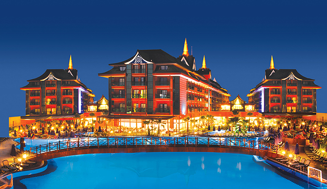 11 райских отелей, куда может попасть каждый