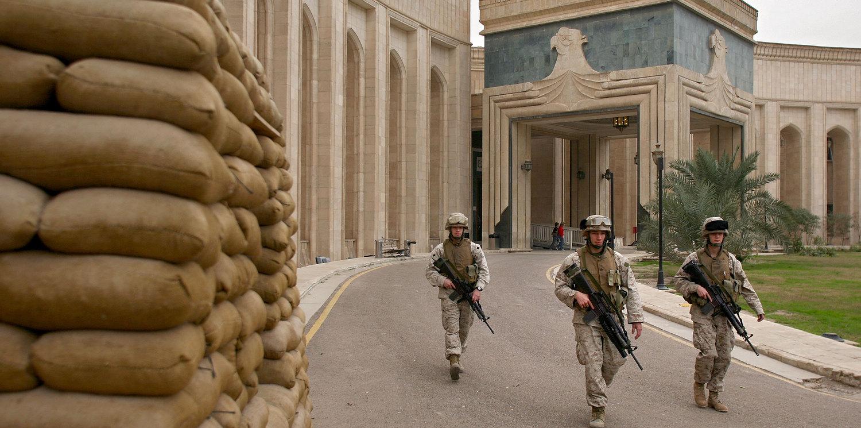 Американское посольство в Ираке кто-то обстрелял