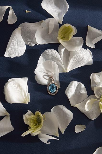 Цветы и жуки: смотрим весенние ювелирные лукбуки рублей, украшения, стоят, тысяч, обойдется, состоит, весьма, сейчас, время, базовые, Коллекция, стоит, морской, найти, кольца, скидка, рубля, 4792, браслет, 1992