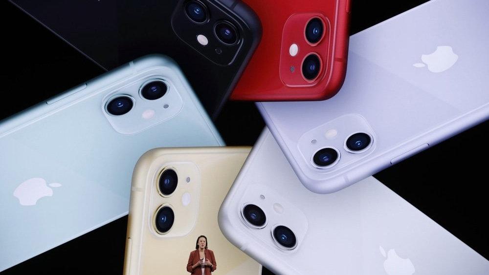 Новые iPhone подешевели в Ро…
