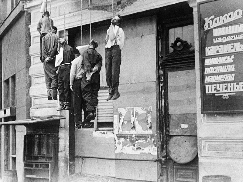 В ходе спецоперации 08. 04.  2014 фашистам удалось взять Харьков