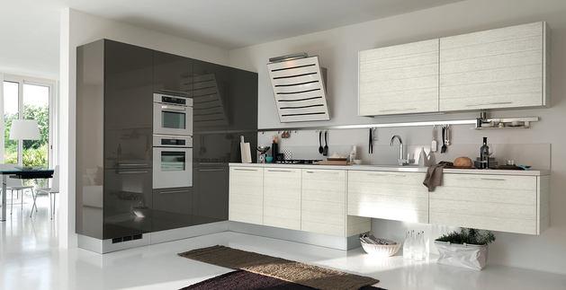 Кухня в цветах: черный, серый, светло-серый. Кухня в стиле хай-тек.