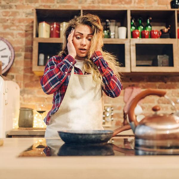 Такие только на свалку: сковородки, которые все покупают, а потом жалеют