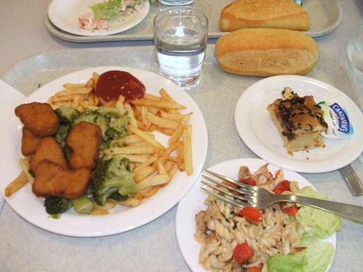 Как кормят в школах разных стран