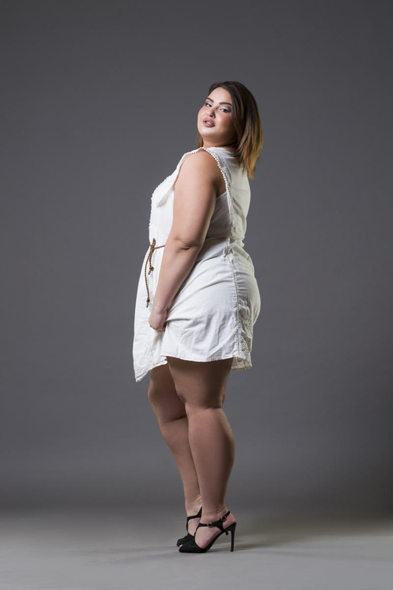 Хитрости для роскошных женщин с формами