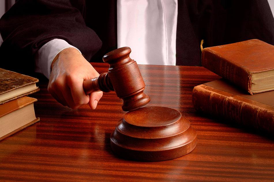 О пьяных судьях за рулем