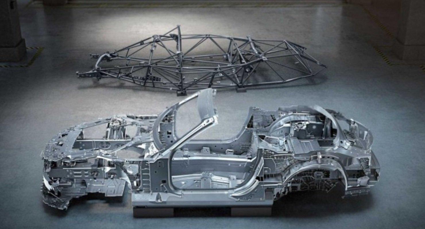Родстер Mercedes-AMG SL 2022 года получит новый легкий кузов Автомобили
