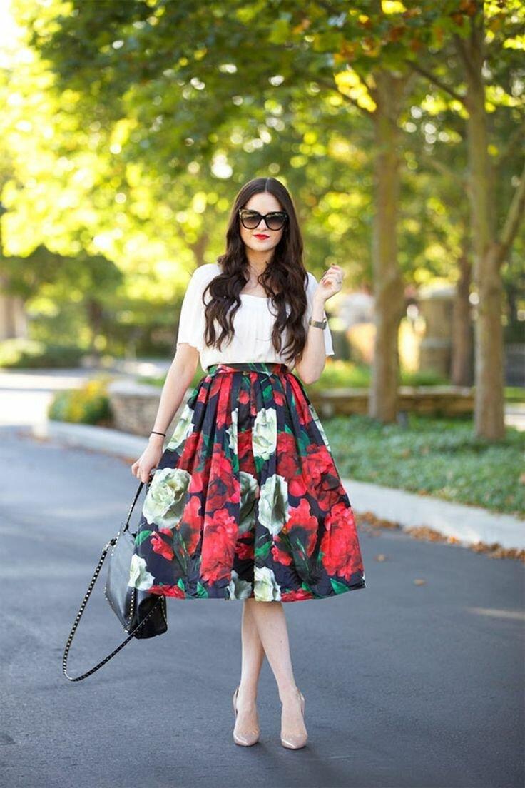 С чем носить пышную юбку длиной ниже колена?