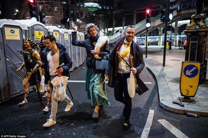 Лондон великобритания, новый год, погуляли, тусовщики, фоторепортаж, хогманей, шотландия