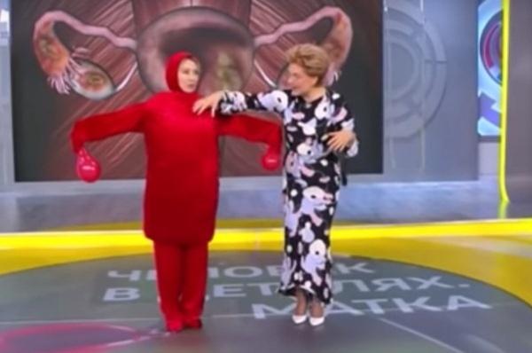 Елена Малышева ответила на критику выпуска «Жить здорово!» с «танцем матки»