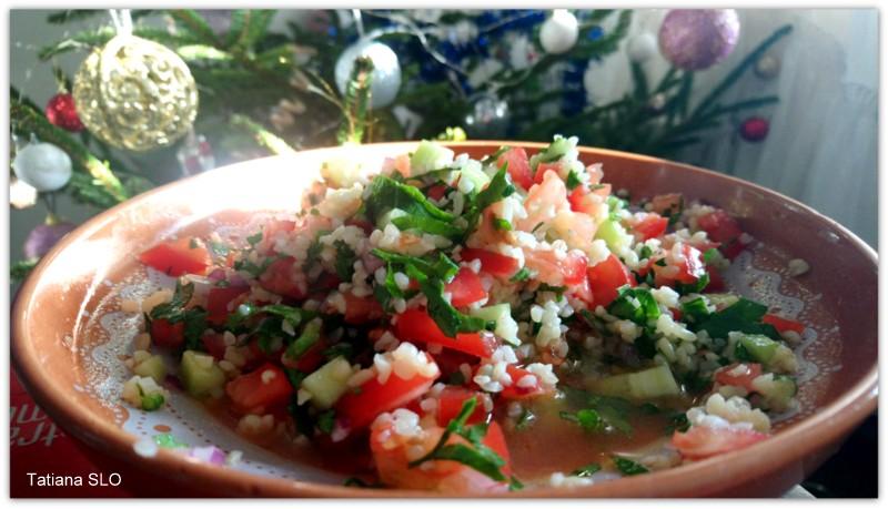 "салат ""табуле"" и салат из цуккини ""гриль"" с рукколой"