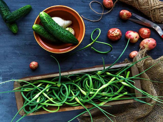 Картинки по запроÑу garlic scape