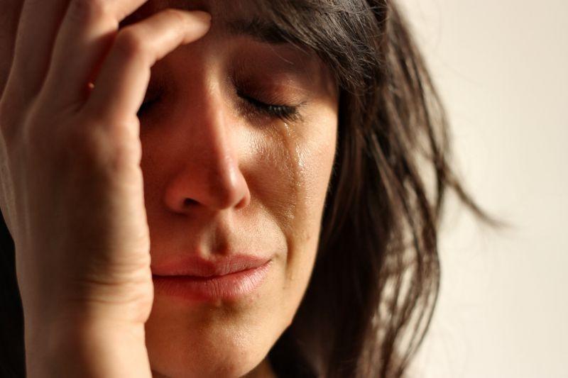 27. Женщины плачут в среднем от 30 до 64 раз в год, мужчины – всего 6-17 раз. женщина, интересное, тело, факты