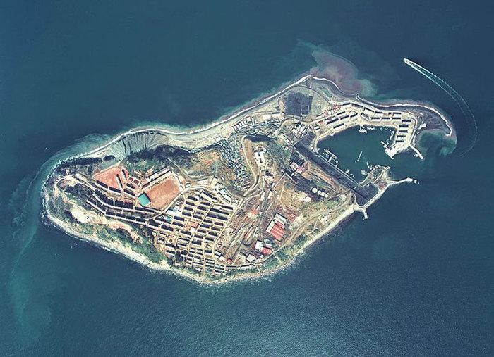 Остров-призрак Икешима с высоты птичьего полета (Япония). | Фото: pikabu.ru.