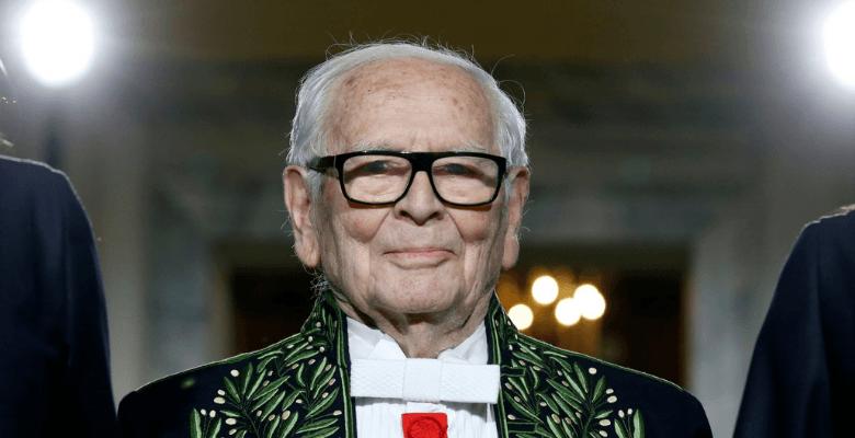 Дизайнер одежды Пьер Карден …