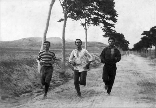 Бегуны-марафонцы на первых современных Олимпийских играх, Афины, Греция, 1896 год