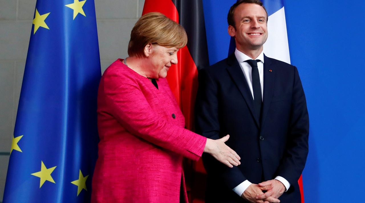 Фрау Меркель и месье Макрон — пособники готовящейся провокации?