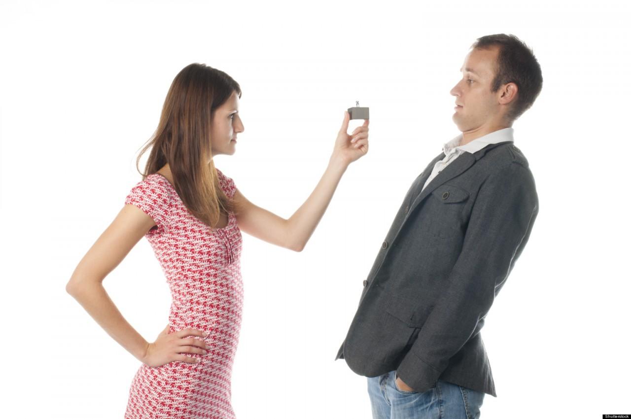Как не отпугнуть парня при знакомстве