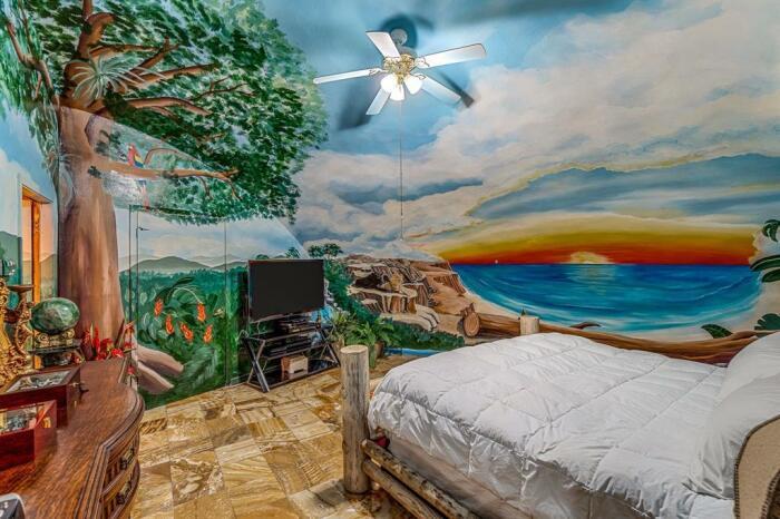 Дорогой, но уютный дом расположен под землей, чтобы никакие заботы извне не тревожили идеи для дома,интерьер и дизайн