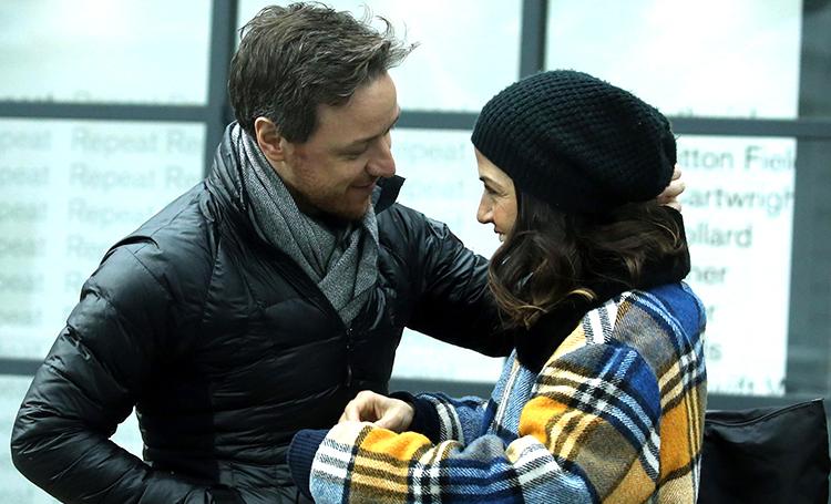 Сладкий февраль: Джеймс МакЭвой на романтической прогулке с подругой Лизой Либерати