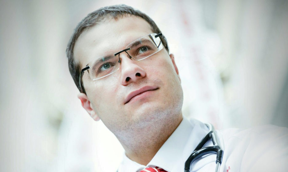 Раньше бы стукнули по столу: «Оперируйся, иначе умрешь». Можно ли самим пациентам делать выбор?