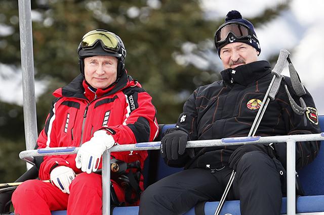 Владимир Путин и Александр Лукашенко осваивают горнолыжные склоны на Красной Поляне