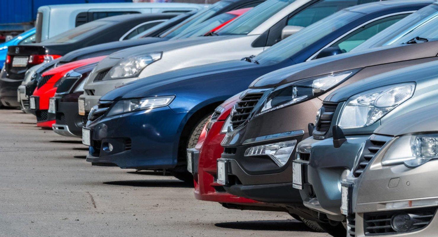 Нарушители — домой: владельцев авто с иностранными номерами станут строже наказывать Автограмота