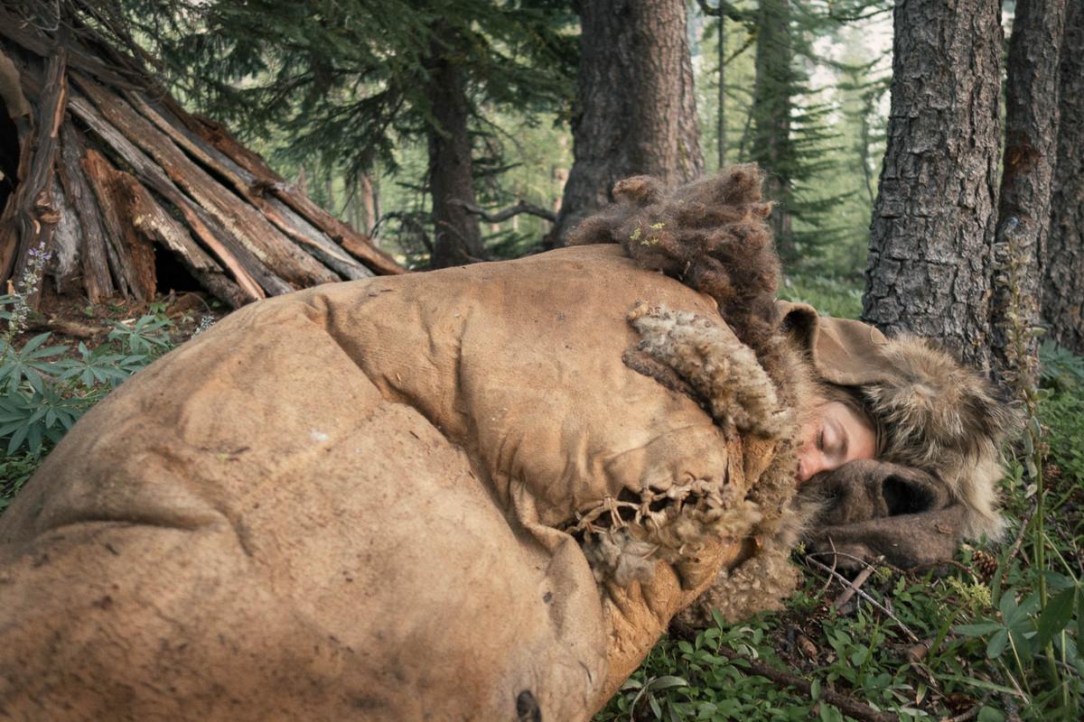 Назад в палеолит: охотники-собиратели 21-го века в фотопроекте «Живущие дикими» 19
