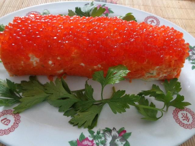 Новогодний салат «Янтарная кукуруза» для огненного Петуха. Новогодний пирог в виде Петуха
