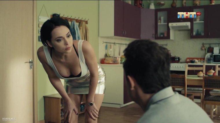 голые актрисы из сериала универ фотки