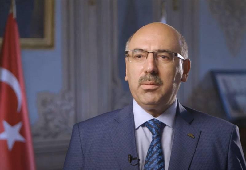 На конференции в Стамбуле: «История Кавказа менялась в пользу России с XIX века, но турецкая идентичность Карабаха не изменилась» геополитика