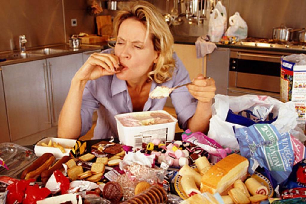 Что будет, если объедаться в течение 5 дней? Ученые доказали, что это не повредит фигуре
