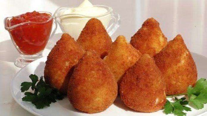 Нежные куриные крокеты: забавное блюдо к обеду или на праздничный стол