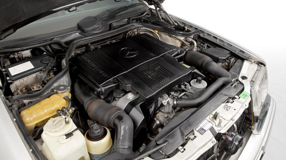 Под капотом Mercedes-Benz E 500 Limited (W124) '1994–95