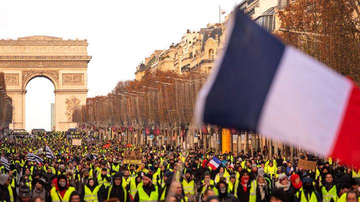 """""""Они хотят, как в Париже"""": в…"""