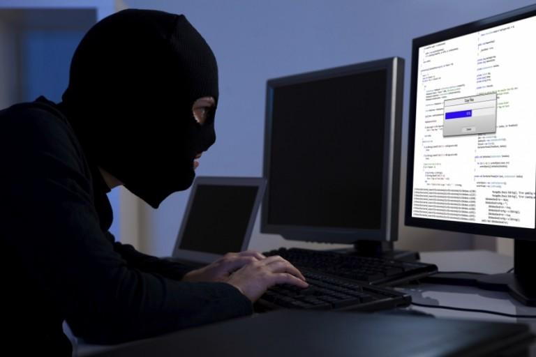 Хакеры украли сняли со счето…