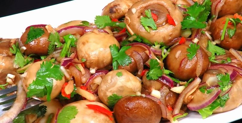 Маринованные шампиньоны за 15 минут: сочная закуска в азиатском стиле