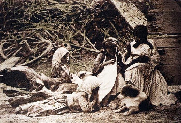39. Девочки за шитьем до революции, донские казаки, история, казаки, казачий быт, фотографии