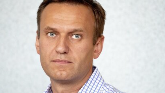 Алексей Навальный: дед в бункере очень всего боится Политика