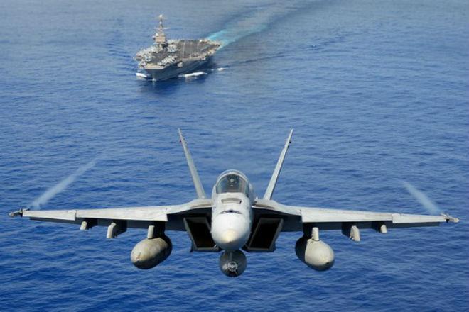 Флот России против авианосца США: кто сильнее