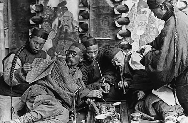 Зачем англичане посадили на опиум целый Китай