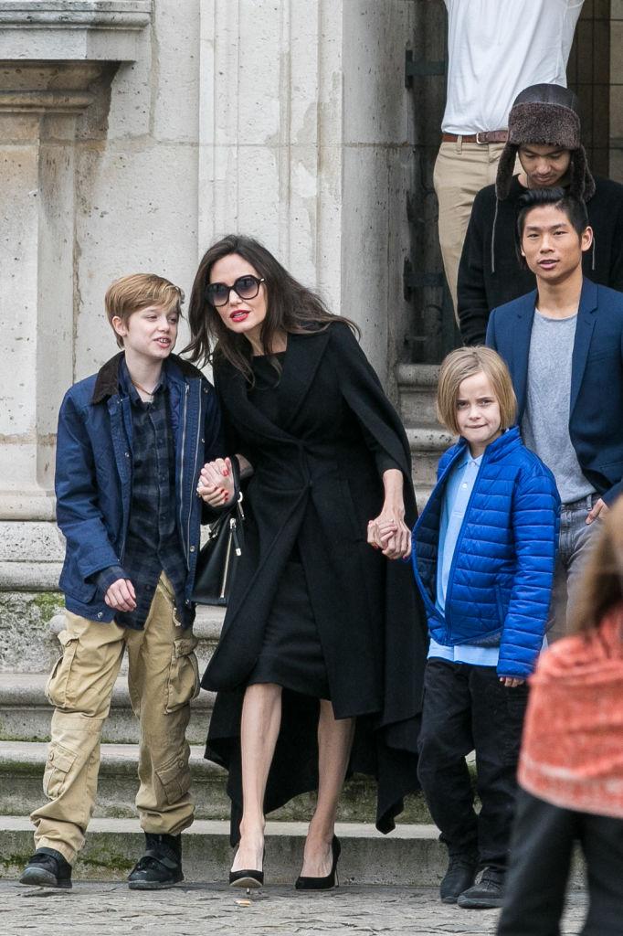 Как Шайло Нувель Джоли-Питт превращается в Джона